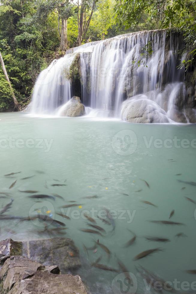 Erawan Wasserfall in Kanchanaburi foto