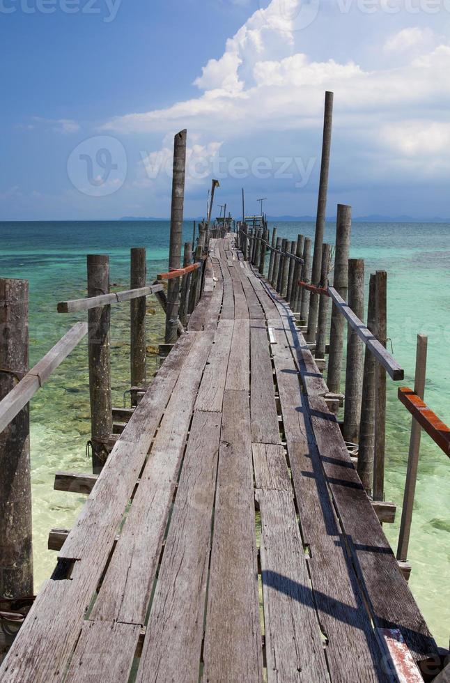 tropischer Steg foto