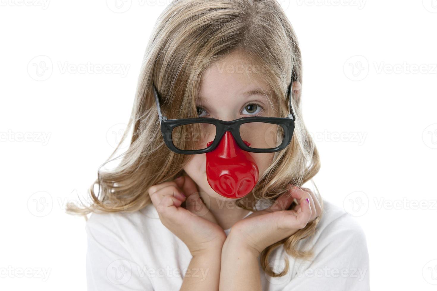 echte Menschen: Kopf Schultern kaukasische kleine Mädchen dumme Brille foto