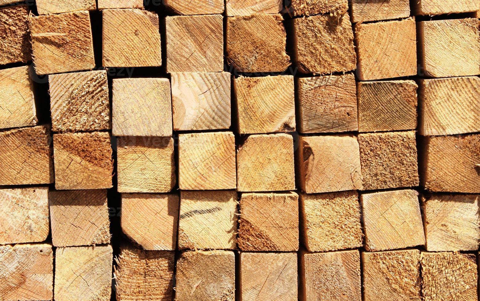 Holzbretter in einem Lagerhaus foto