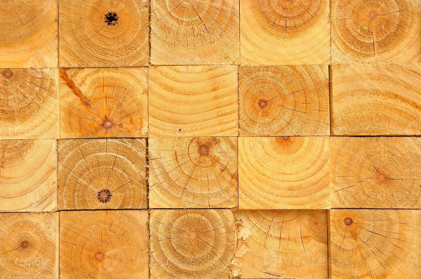 Holz stapelt sich foto