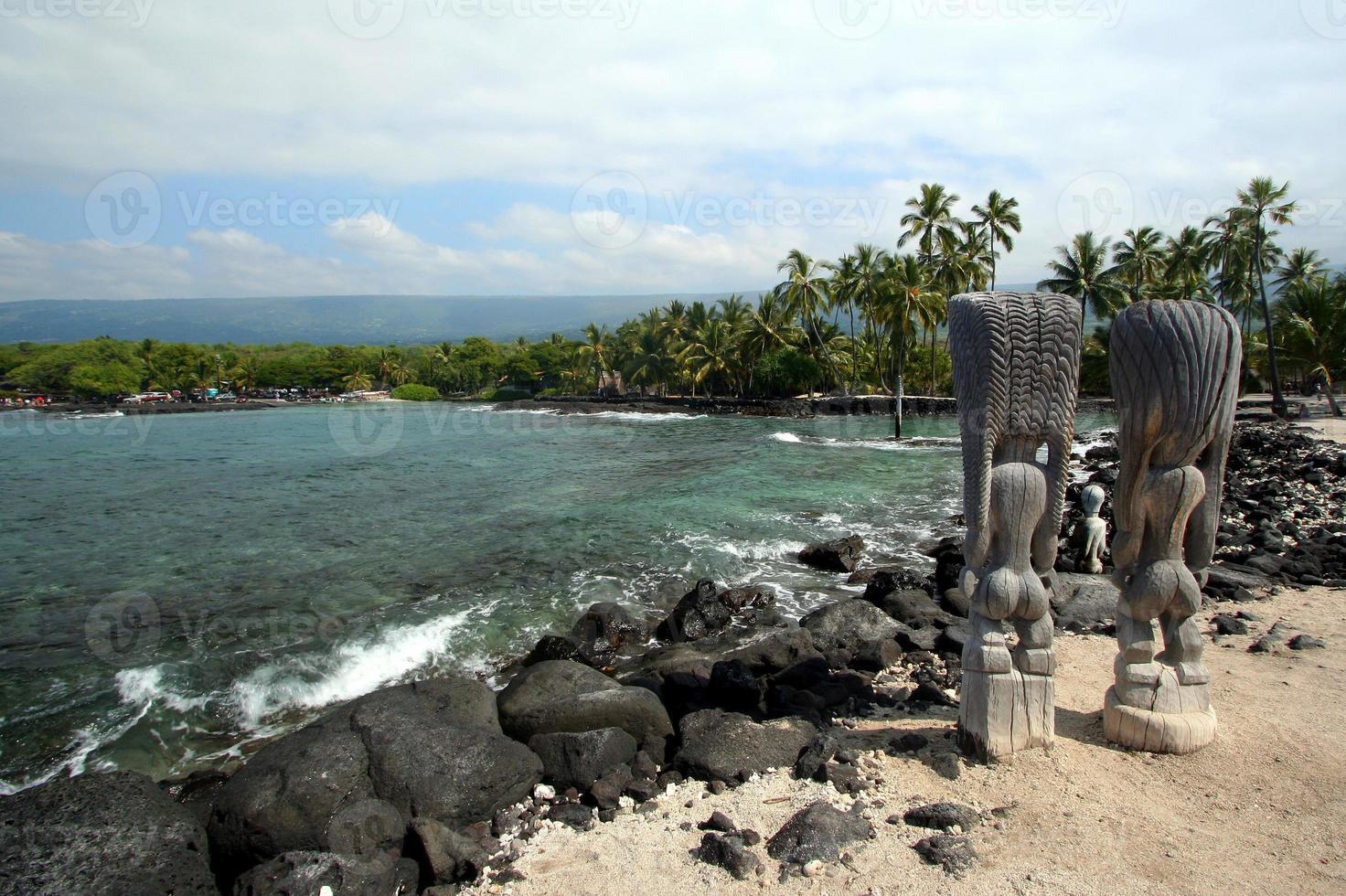 Tiki-Statuen am Kona-Strand foto
