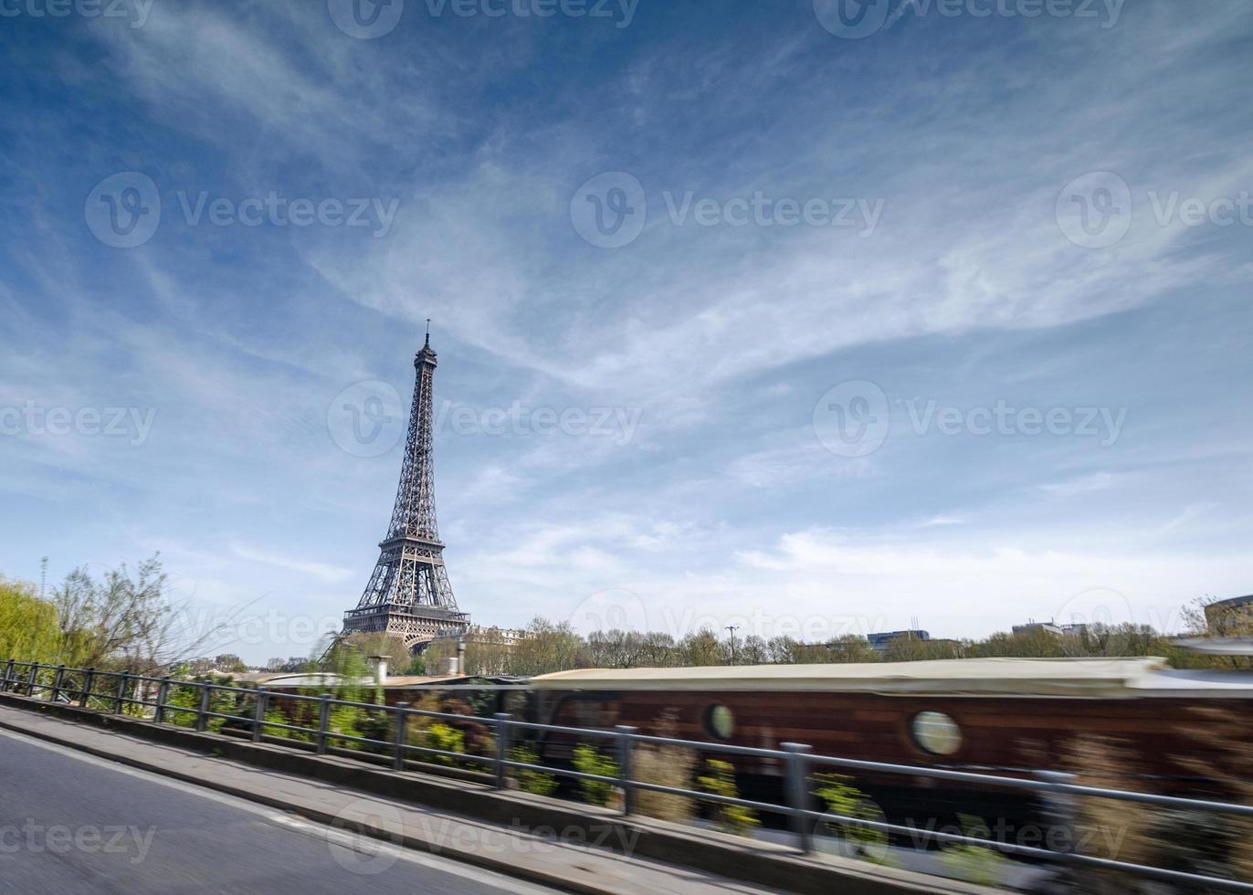 Paris mit dem Auto foto