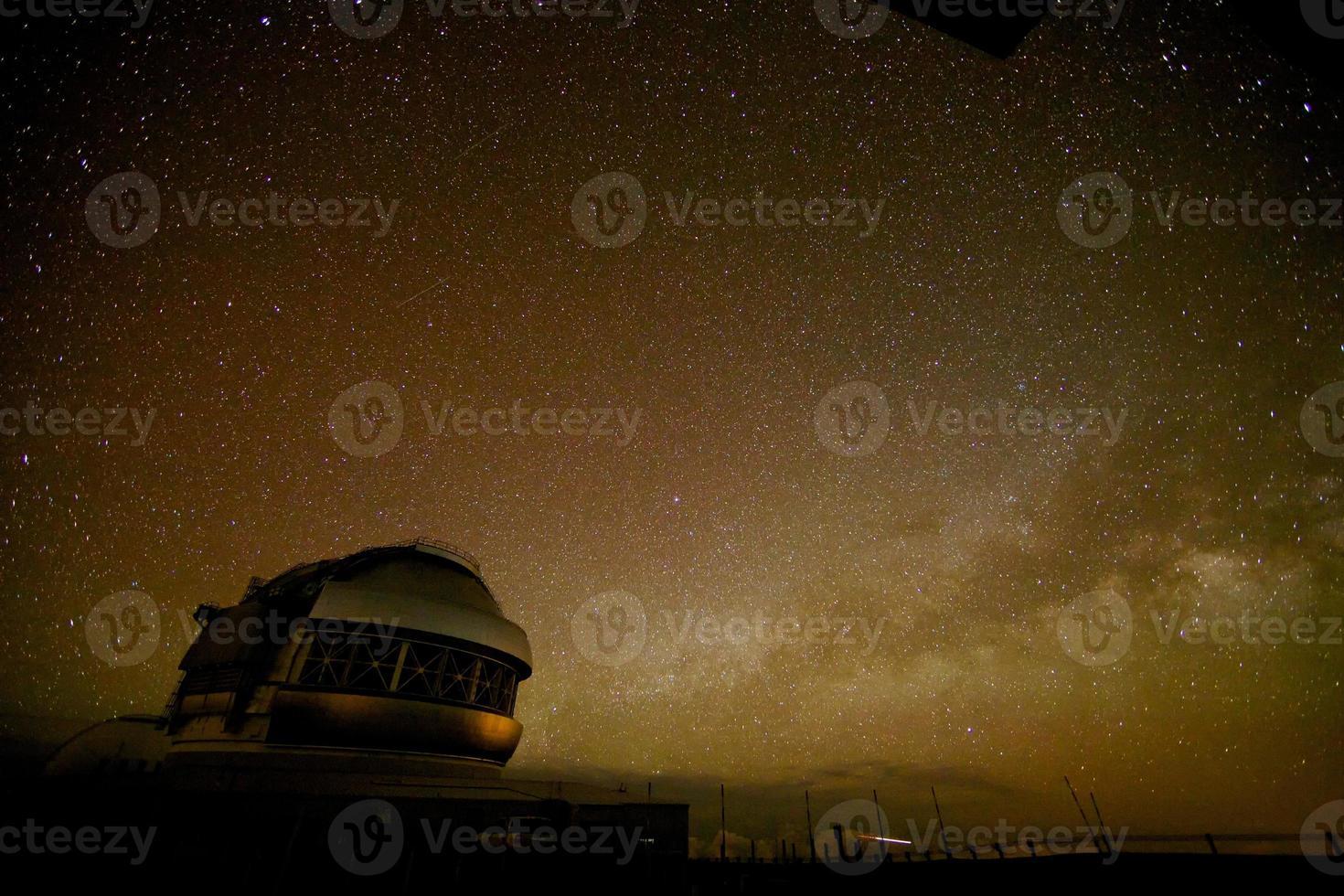 Raumschiff und die Milchstraße foto