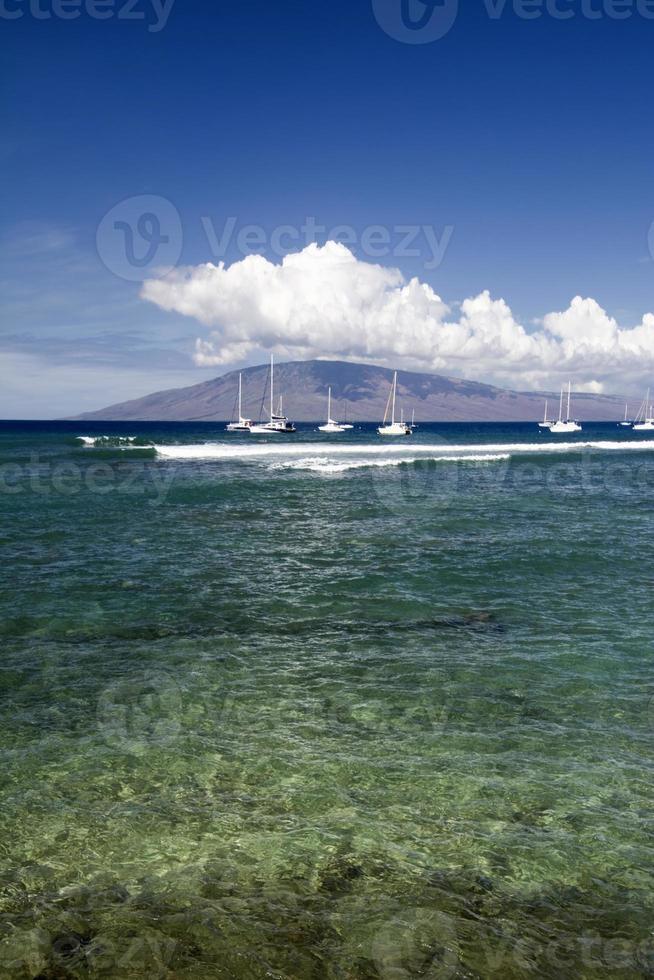 Einfahrt zum Hafen von Lahaina, Maui, Hawaii foto