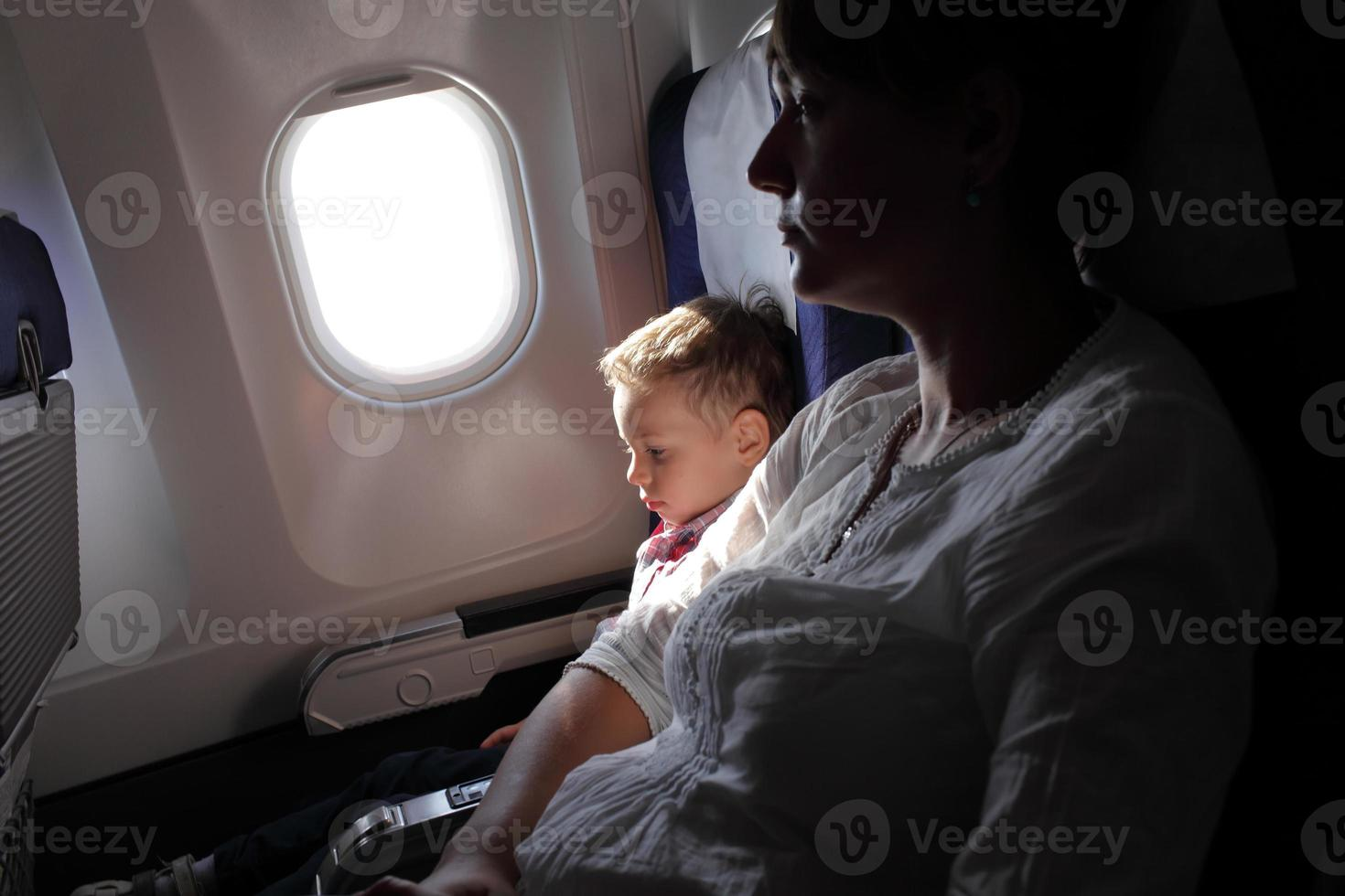 Familie auf dem Flug foto