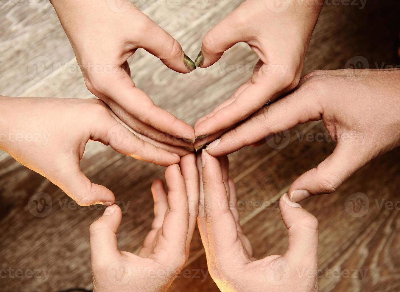 Familienhände, ein Symbol der Einheit. foto
