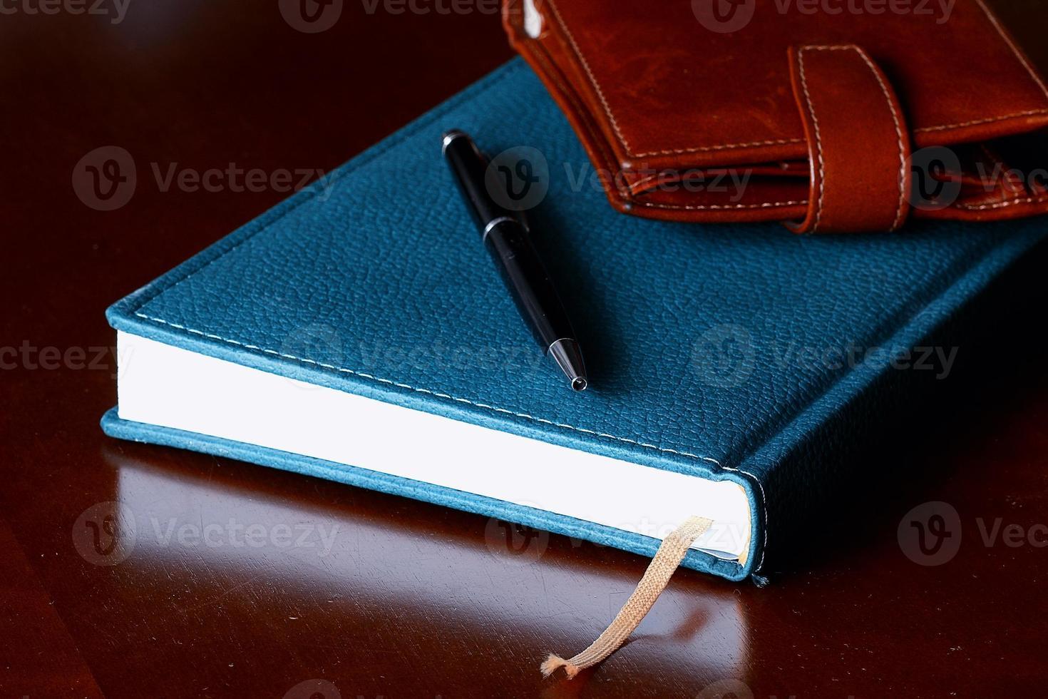 Satz Männer Tagebuch Brieftasche Uhren foto