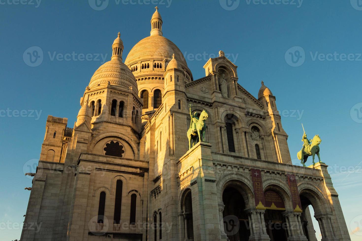 die basilica sacre coeur, paris, frankreich. foto