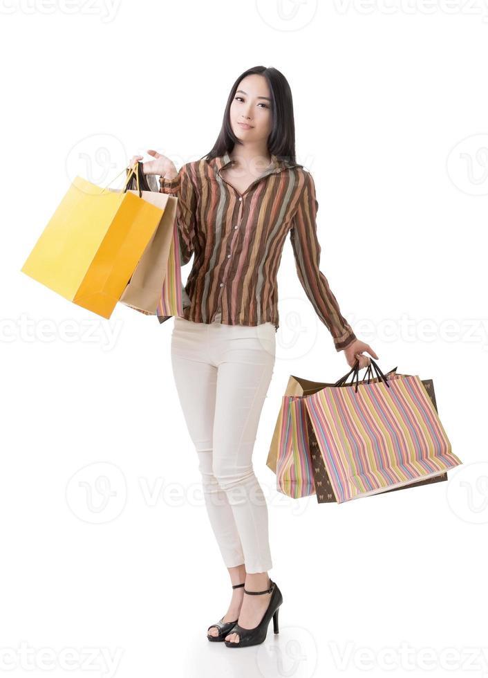 asiatische Einkaufsfrau foto