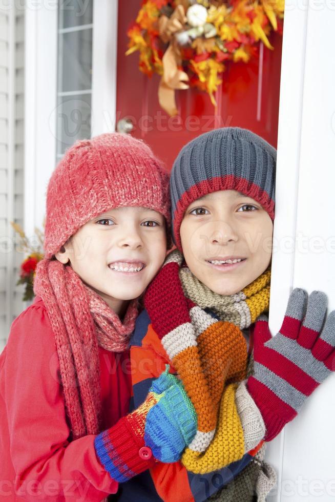 Geschwister-Herbstporträt foto