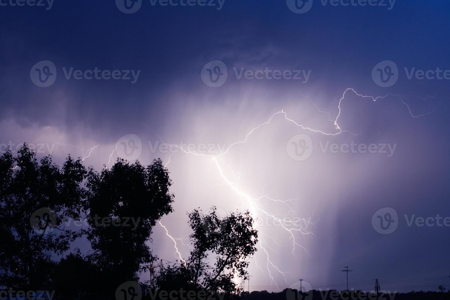 Blitz in der Stadt foto