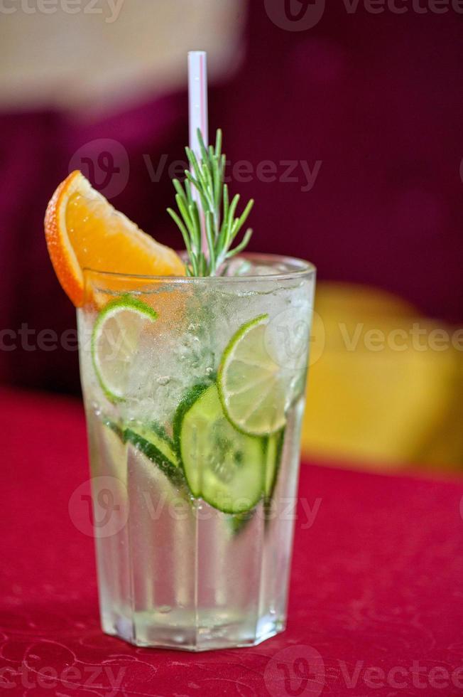 alkoholfreier Mohito foto