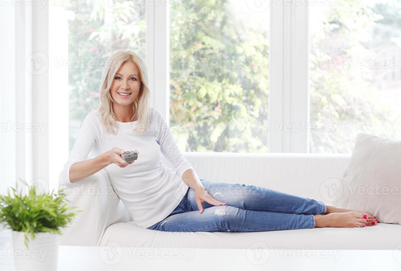 lächelnde reife Frau foto