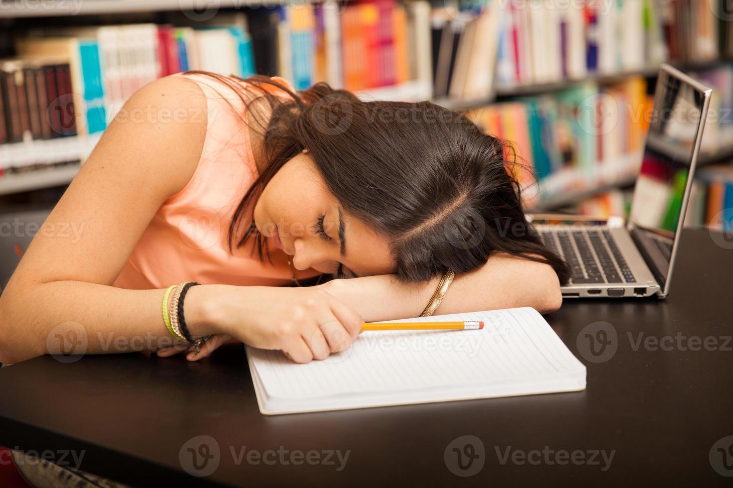 zu viele Hausaufgaben foto