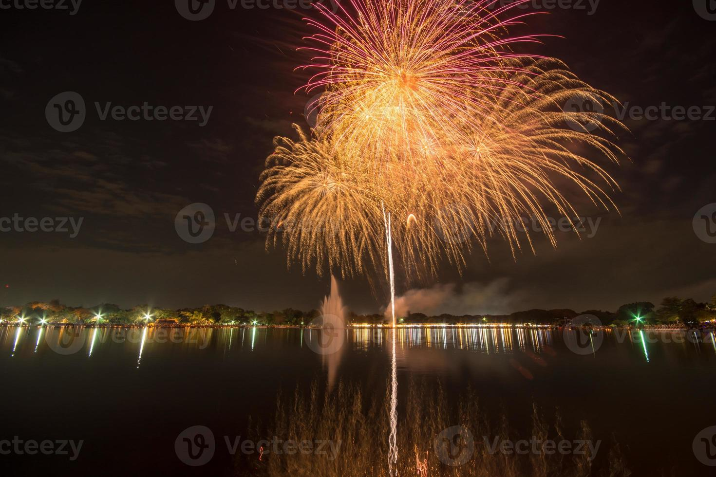 Feuerwerk in Thailand foto