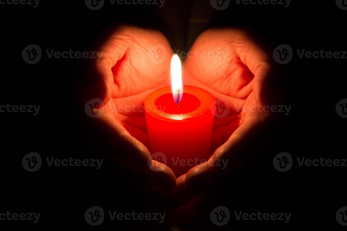 brennende Kerze foto