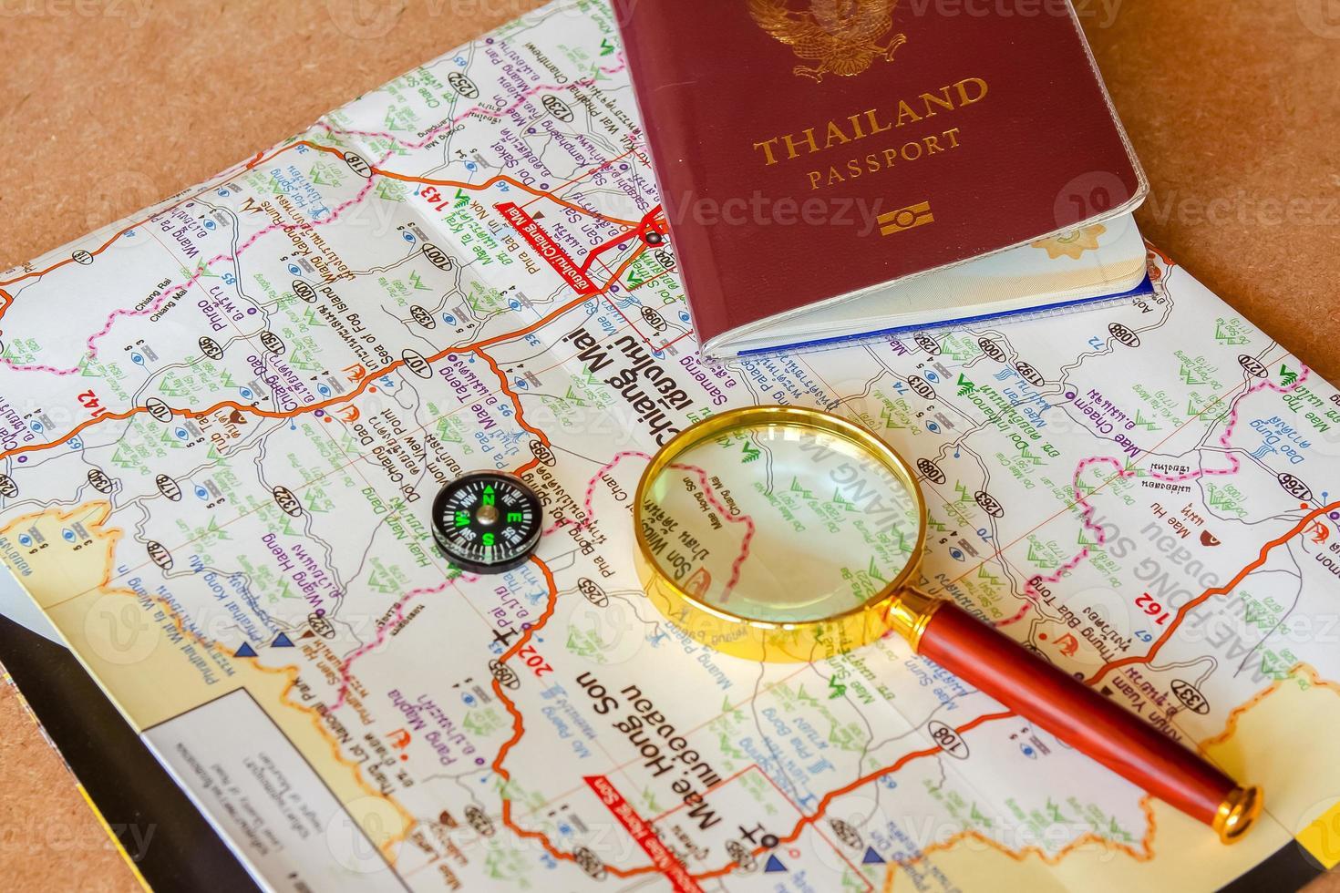 Reisepass nach Thailand Reisen Thailand spart gerne Geld. foto