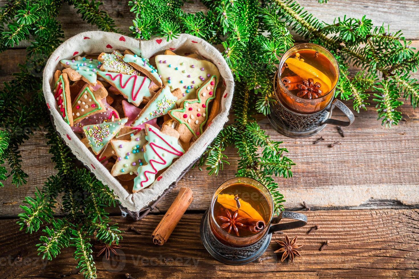 genieße deinen Weihnachtstee foto