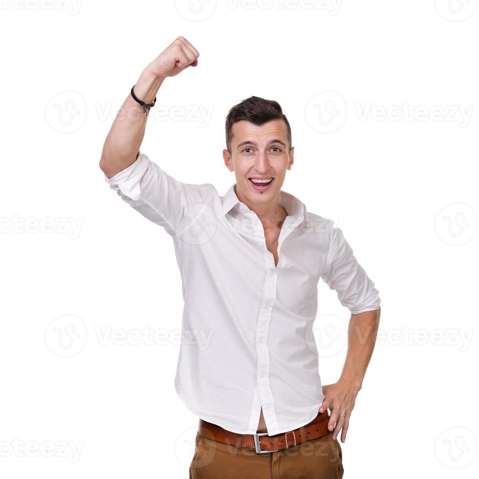 Porträt eines energischen jungen Geschäftsmannes, der Erfolg genießt, isoliert foto