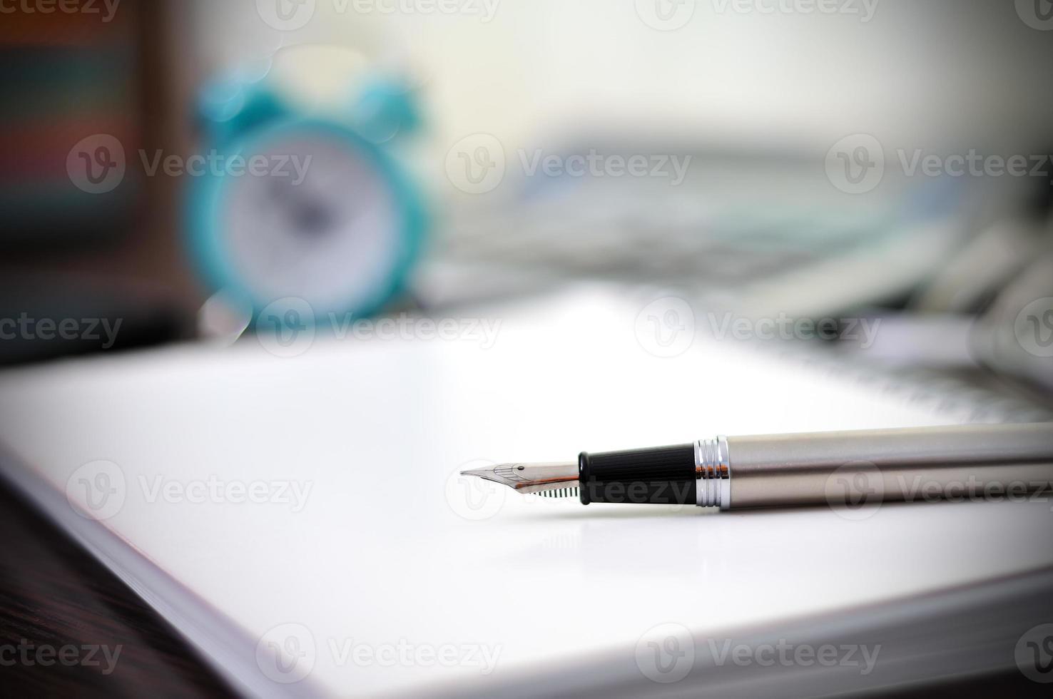 Stift und Notizbuch foto