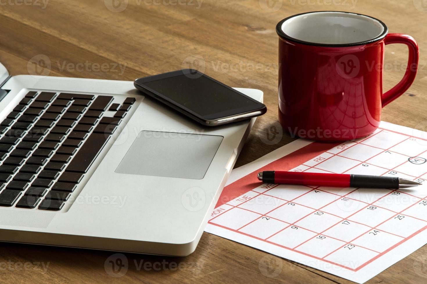 Organisation monatlicher Aktivitäten im Kalender foto