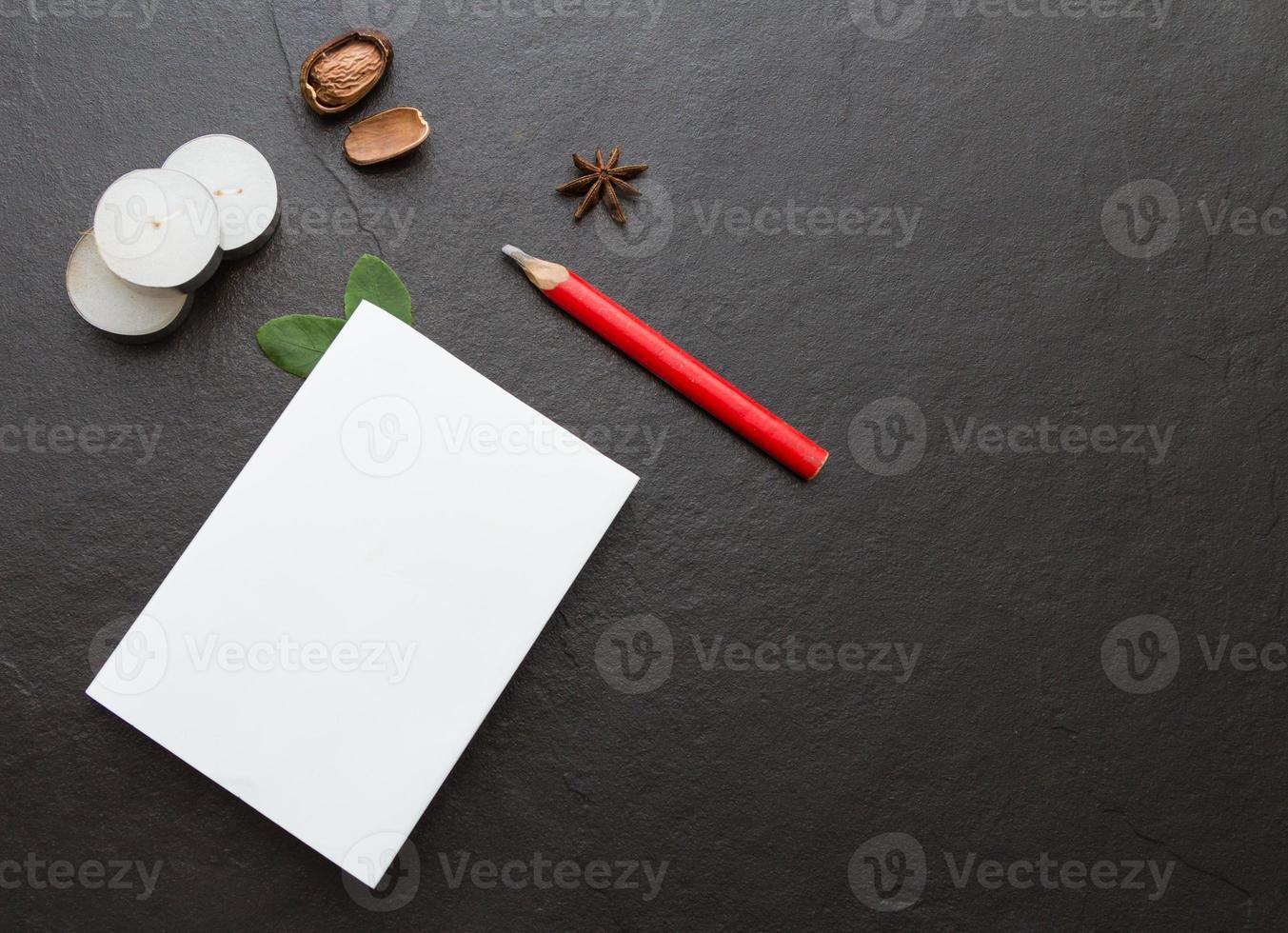 das Papier auf dem Rohling. foto