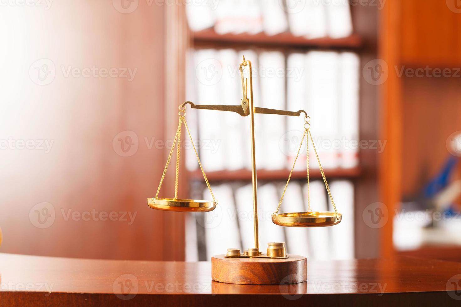 Symbol für Recht und Gerechtigkeit foto