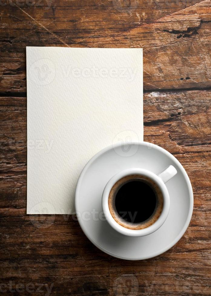 Kaffee und Brief foto