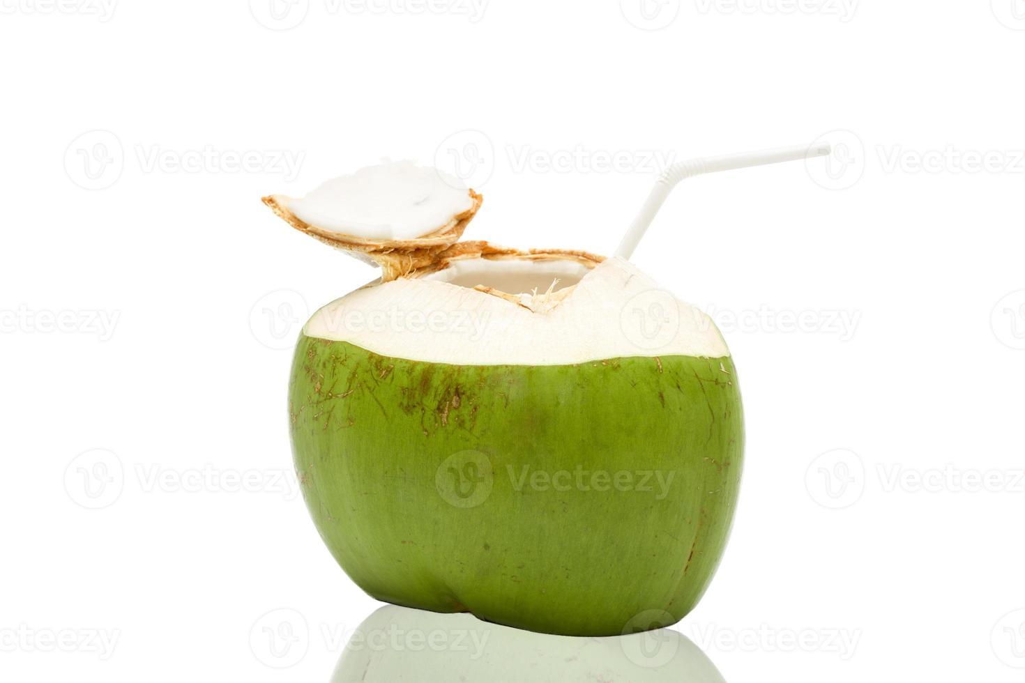 frisches Kokoswassergetränk foto