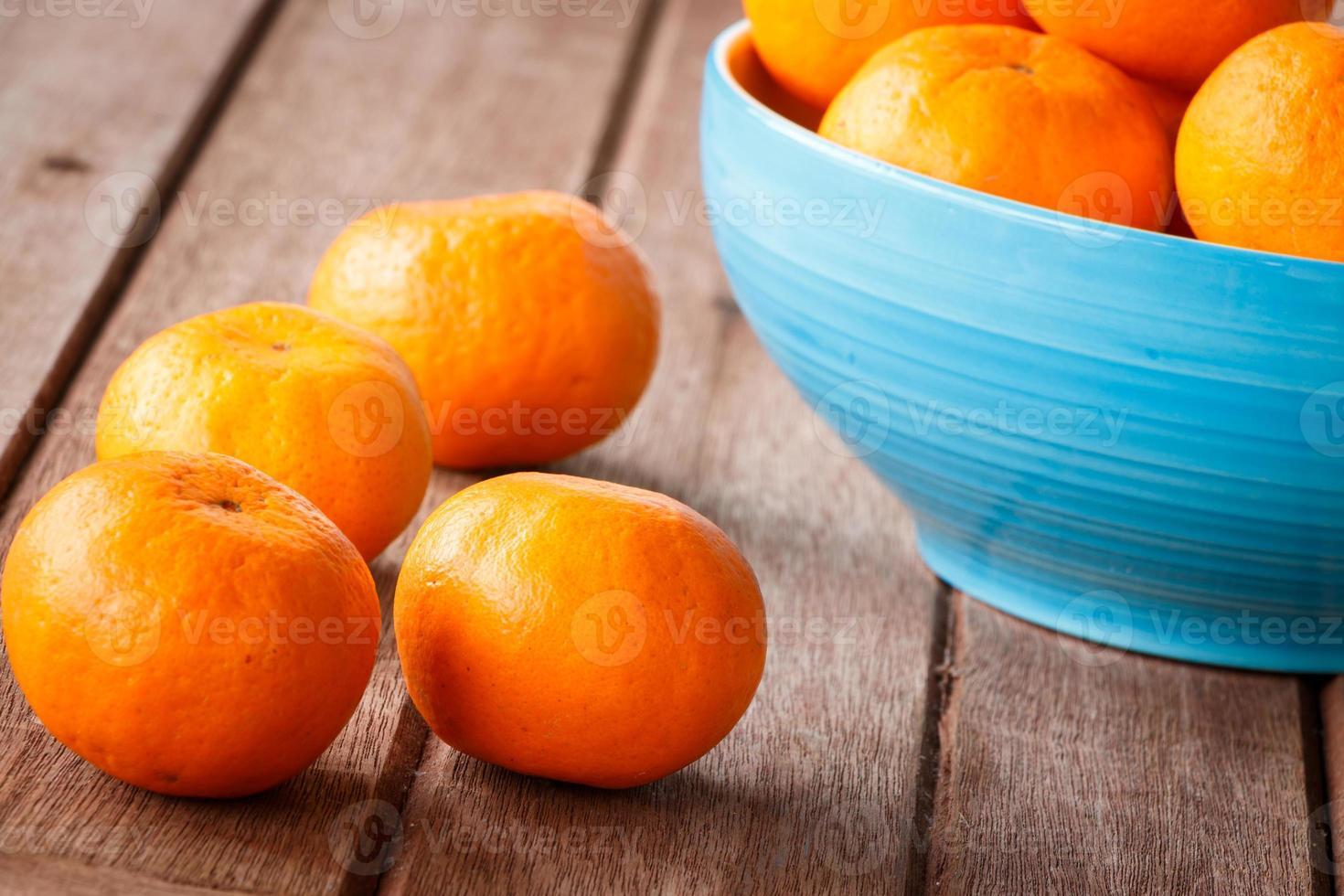 Orange auf Holz foto