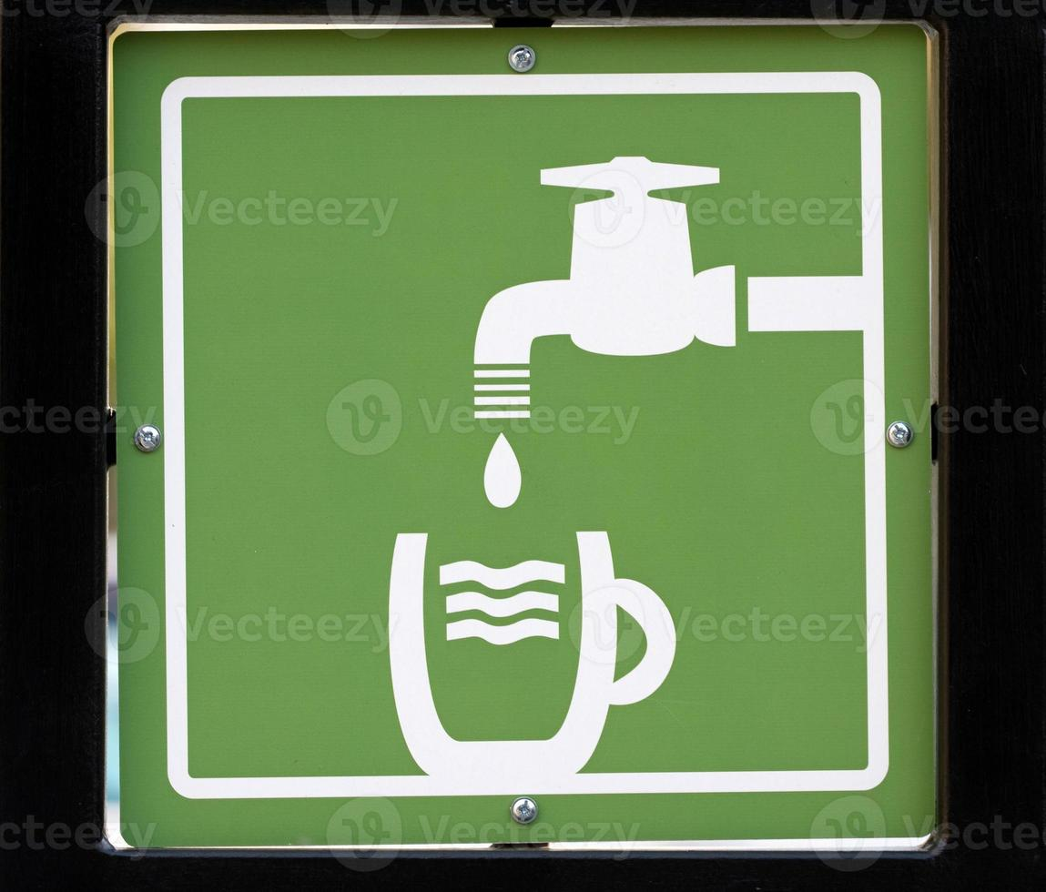 Wasser trinken foto