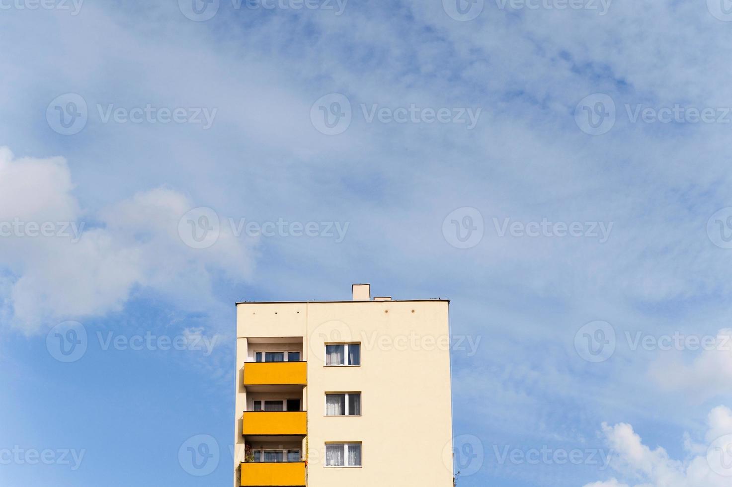 Wohngebäude mit Kopierraum foto