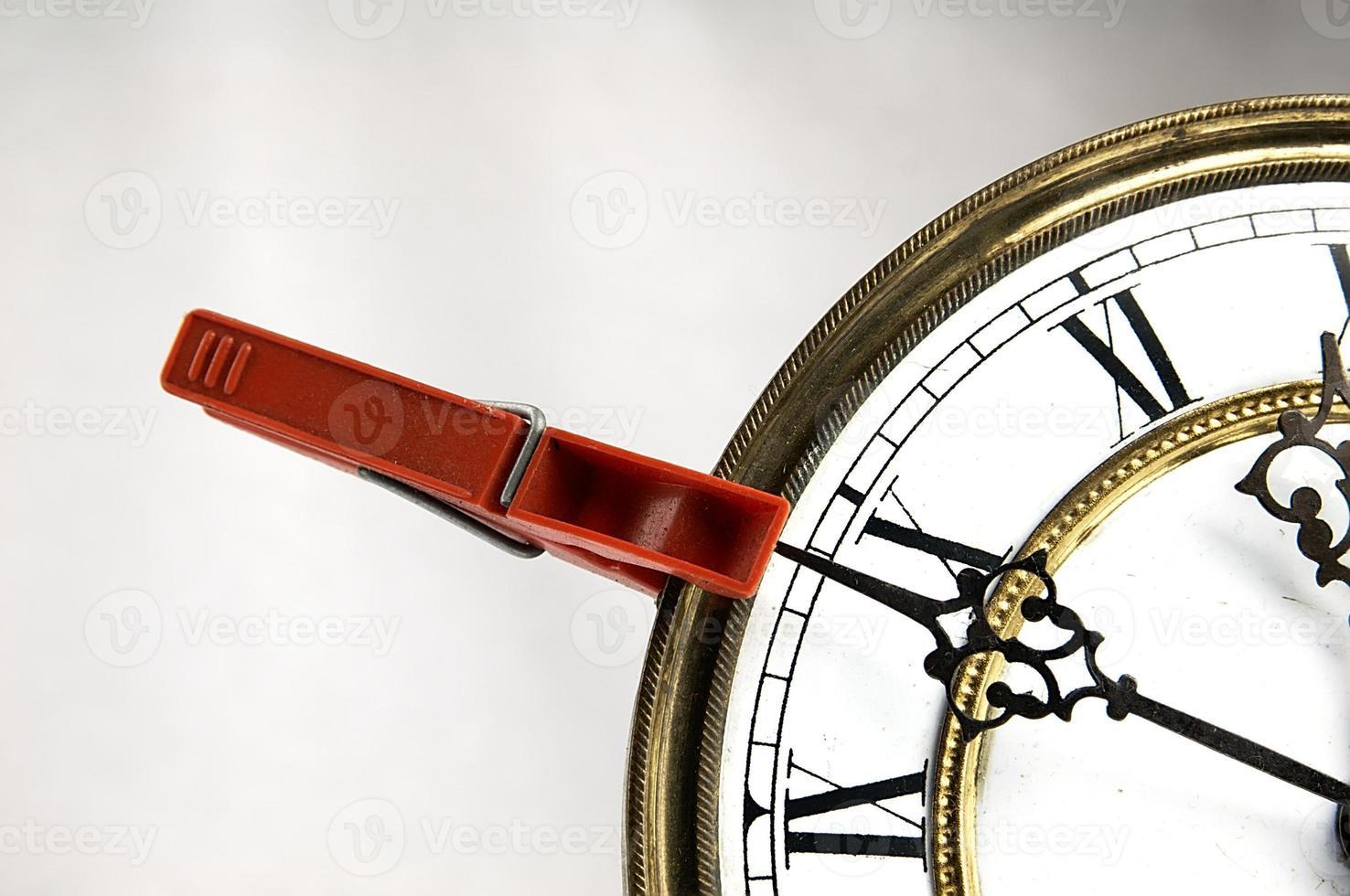Wäscheklammer stoppt die Uhr foto
