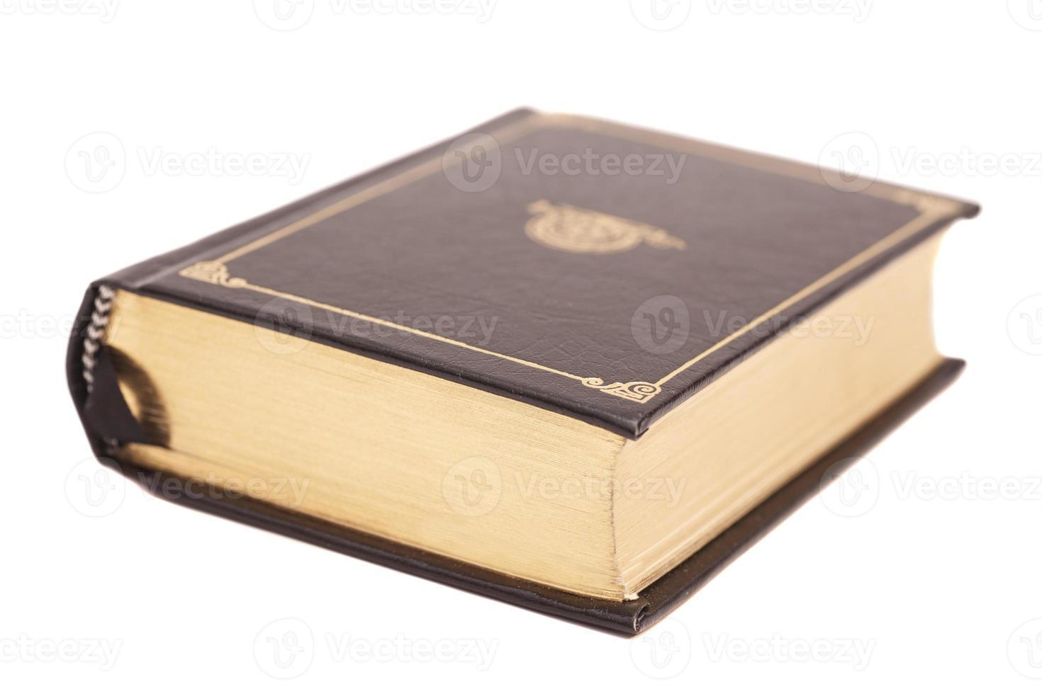 Buchcover isoliert auf weißem Hintergrund foto