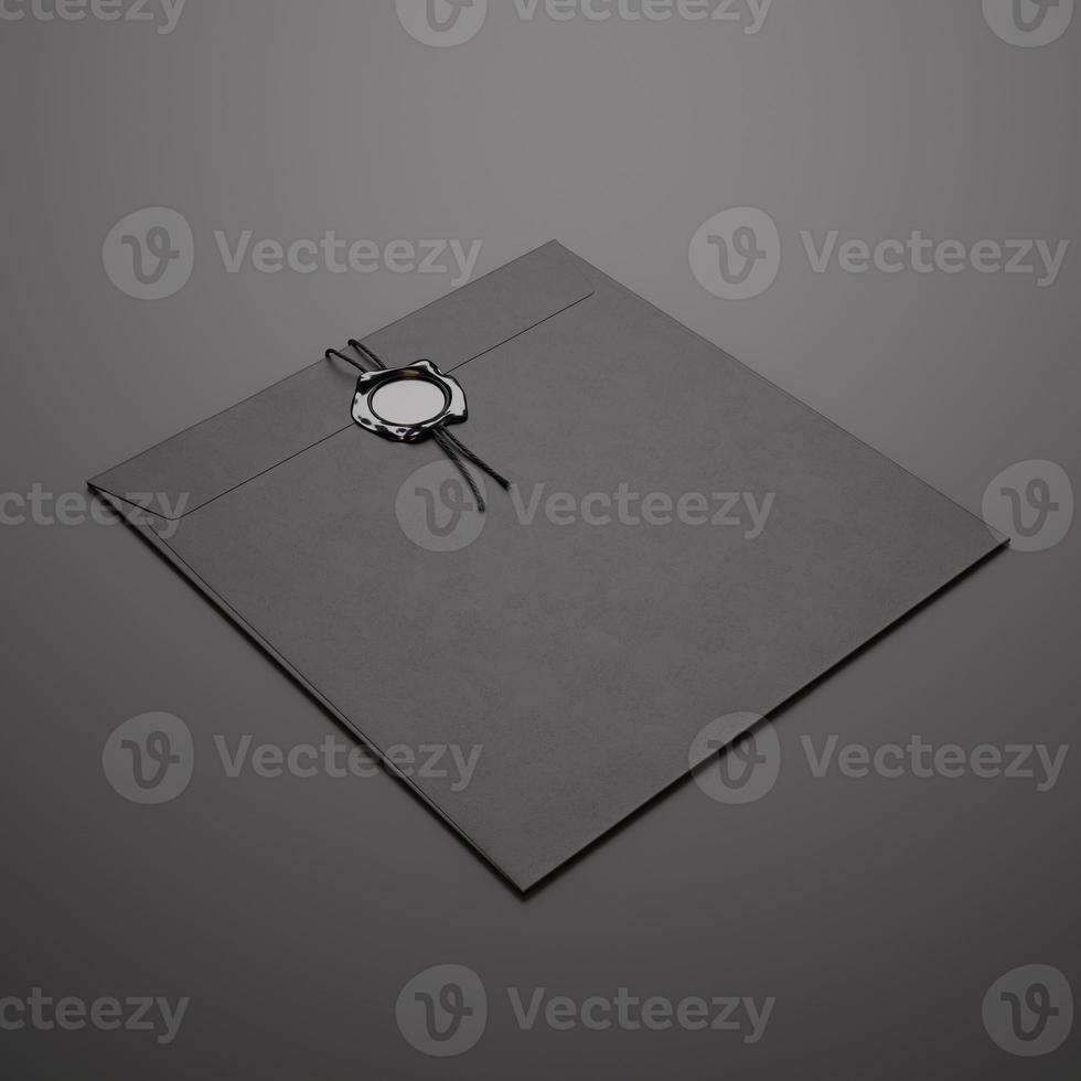 schwarzer quadratischer Umschlag auf dunklem Hintergrund foto