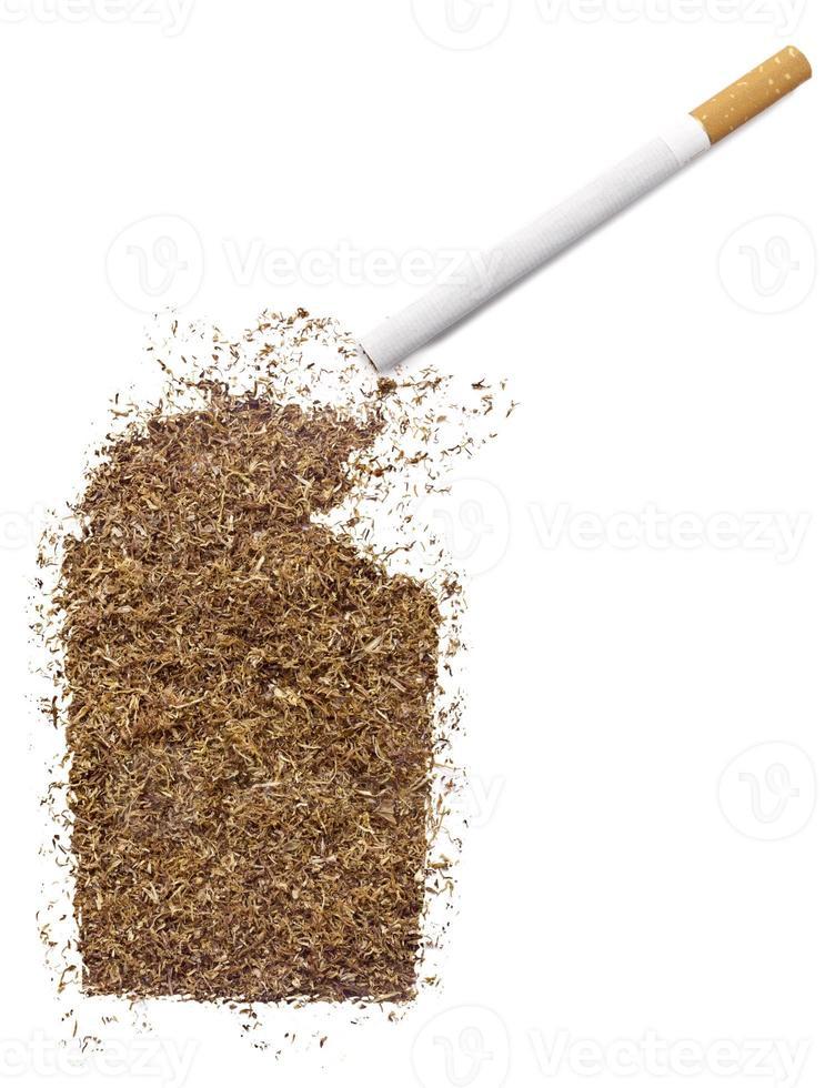 Zigarette und Tabak als nördliches Territorium geformt (Serie) foto