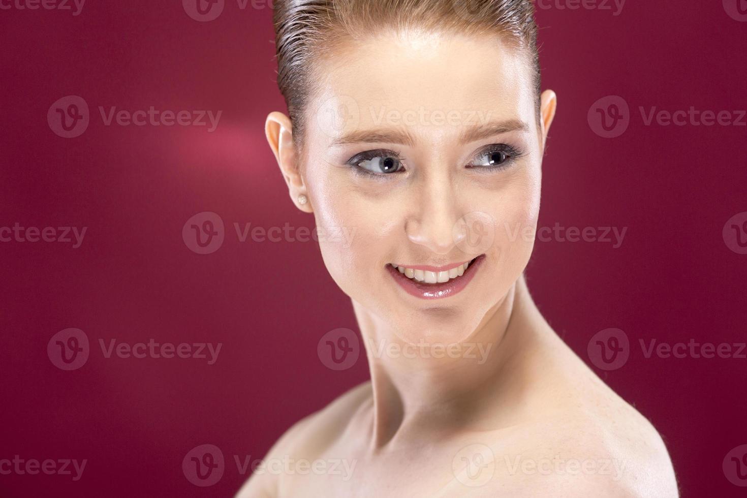 hübsche junge Frau foto