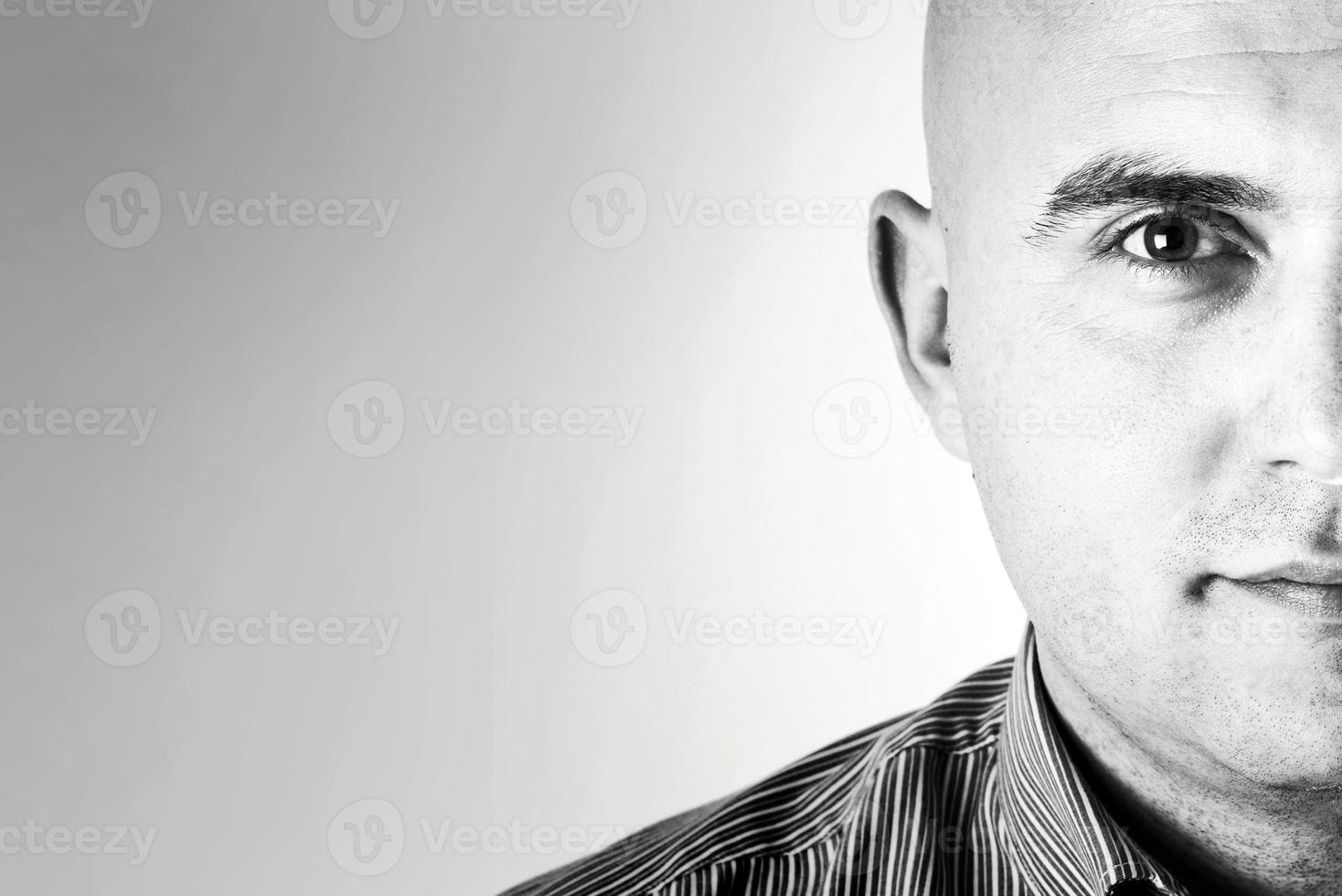 männliches High Key Porträt foto