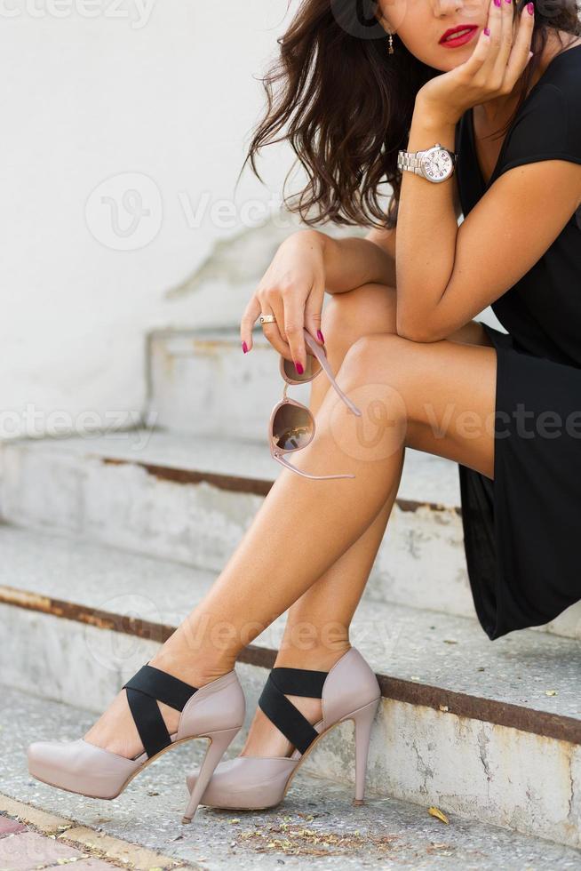 stilvolle junge Frau foto