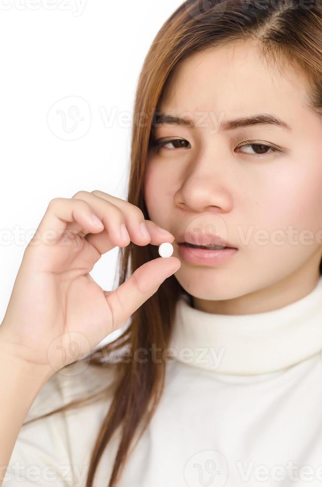 Frau mit Medizin. foto
