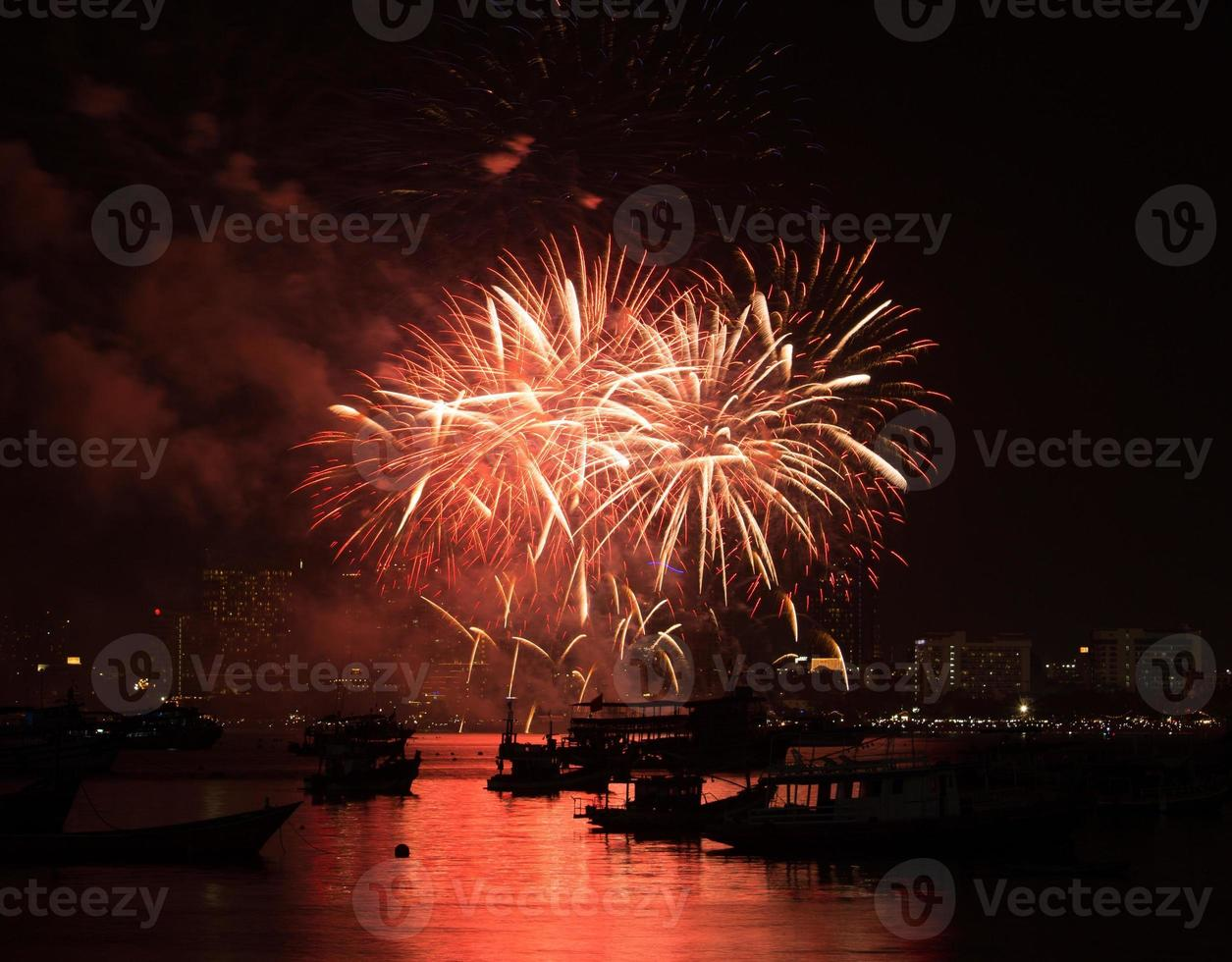 Pattaya Internationales Feuerwerksfestival foto