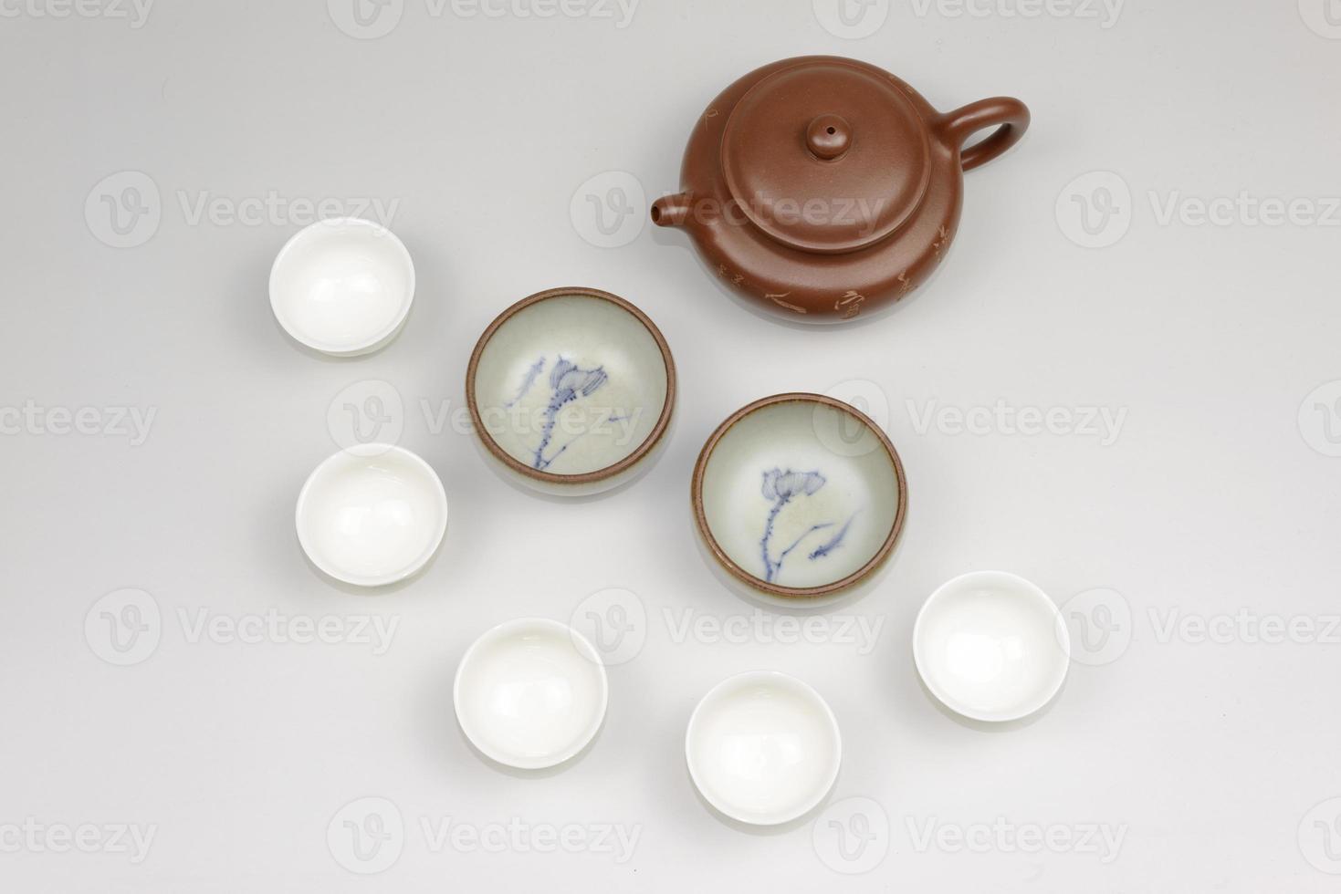 Teekanne und Teetassen foto