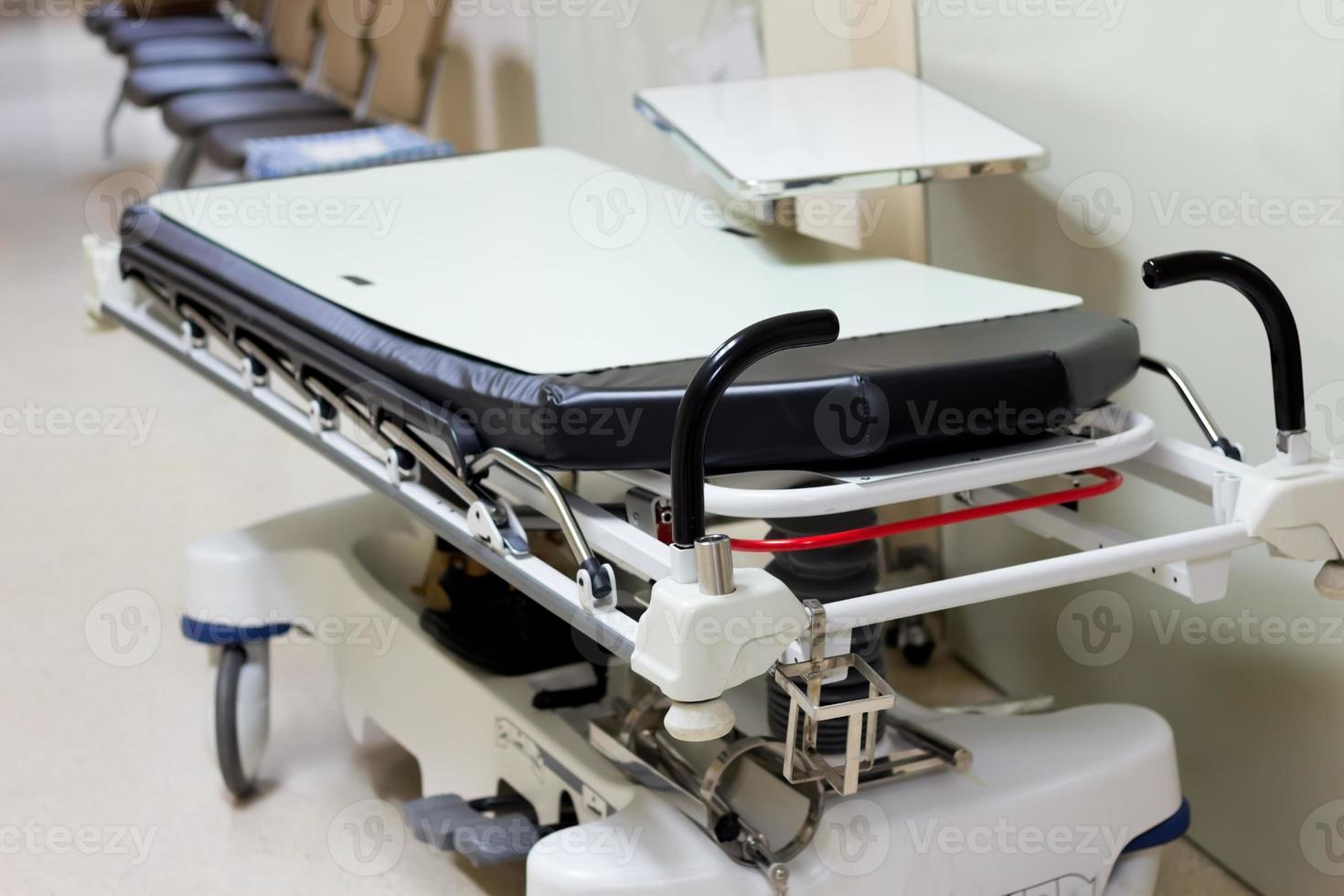 automatisches Radbett für den Patienten foto