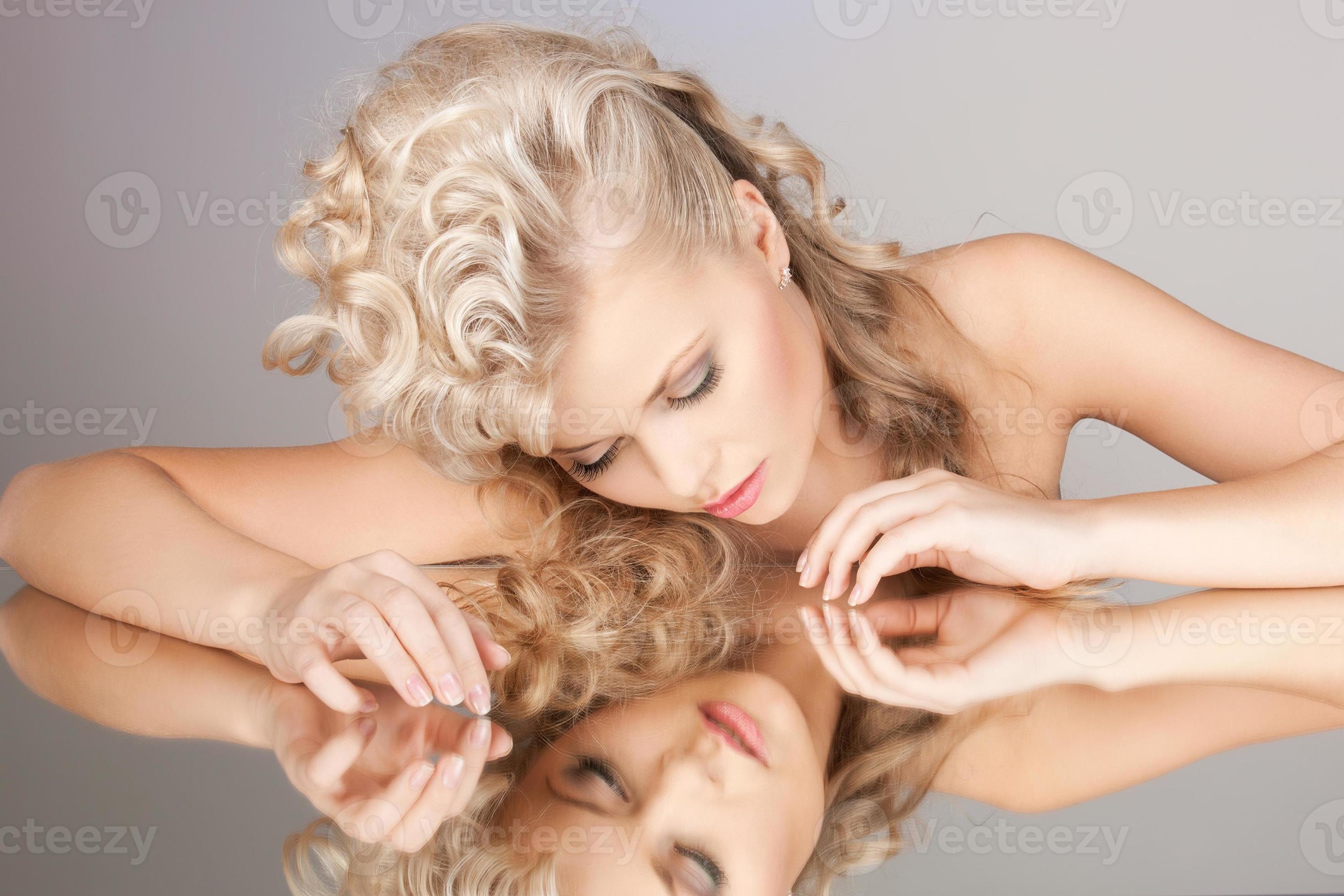 Bilder spiegel schöne mädchen Spiegel fotos