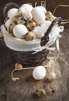 Eier im Korb foto