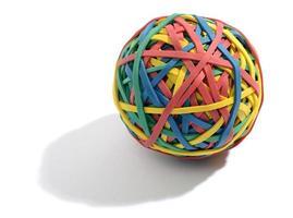 bunter Ball aus Gummibändern foto