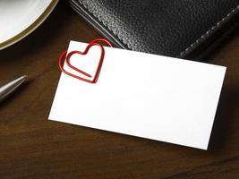 romantisches Arbeitsplatzbeziehungskonzept, Romantik im Büro foto