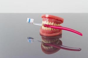 Konzept für Zahnhygiene und Sauberkeit. foto