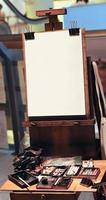 leere weiße künstlerische Holzkonvas foto